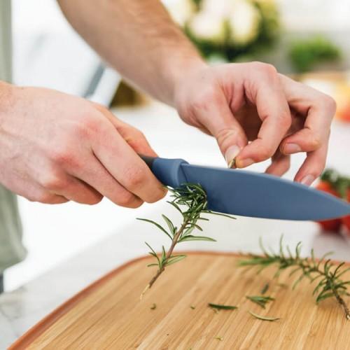Нож поварской Berghoff LEO с отверстиями для чистки пряных трав, голубой, 14 см