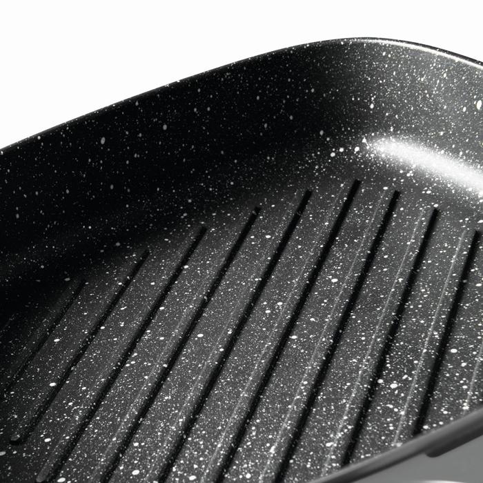 Сковорода-гриль с антипригарным покрытием Berghoff GEM, серая, 28 х 28 см, 5,5 л
