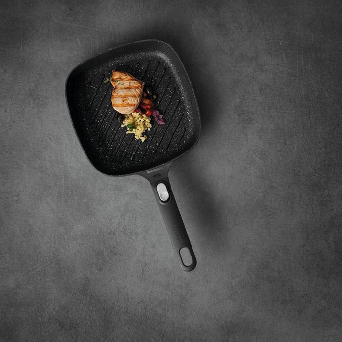 Сковорода-гриль с антипригарным покрытием Berghoff GEM. 24 х 24 см, 2,4 л